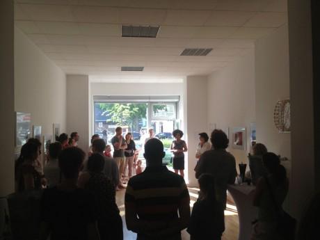 Die Gäste bei der Vernissage im FIKO Work-Shop